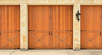 woodGaragedoor