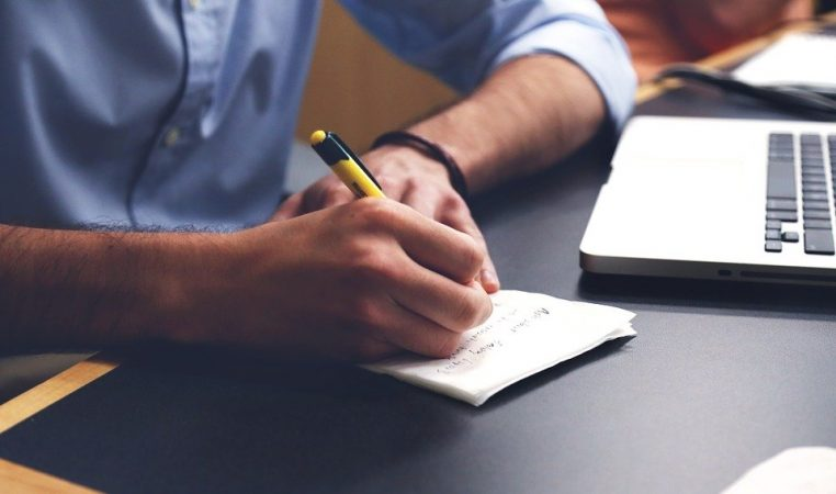 How Academic Editing Helps You Become a Better Writer