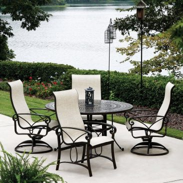 Your source for beautiful, affordable aluminum tables and chairs.
