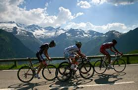 Mountain Course Cycling Pic