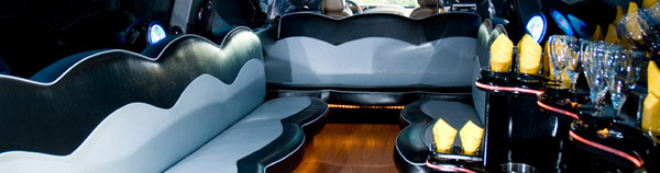 Enjoy complimentary drinks, snacks, and entertainment while riding around NJ in Preferred Limo's first class limo.