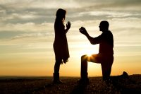 when to get engaged