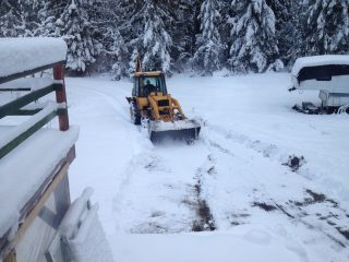 snow-removal-company-calgary-5e2726e86e406