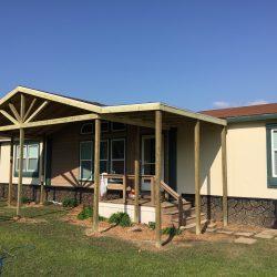 Mobile home with a gable porch design - Ready Decks