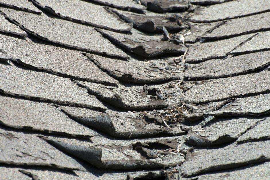 Corner Shingles Peel Up on Roof