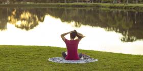 girl doing pilates outside