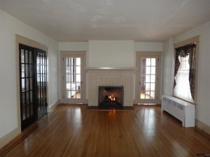 163-E.-Springettsbury-Fireplace-300x225
