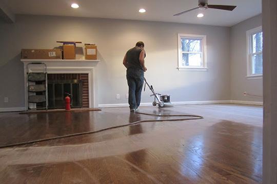 refinishing-wood-floors-professional-buffing-standard1_3x2_8cac78c4ea5ab45fa5a48e0a4591ef6d_540x360_q85
