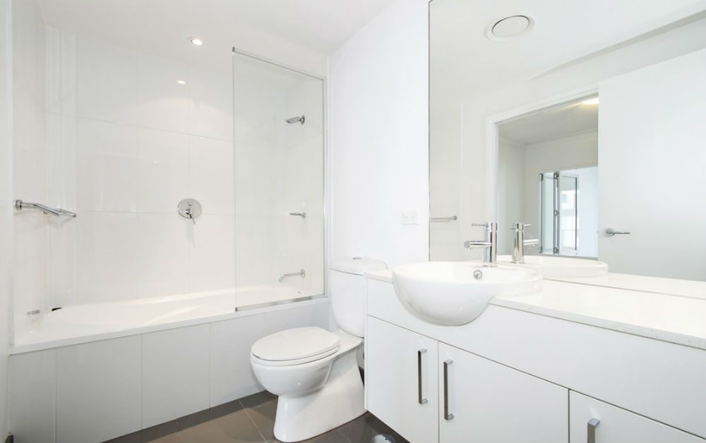 "A beautiful and clean white bathroom for blog ""Plumbing Myths Busted - Part 2"""