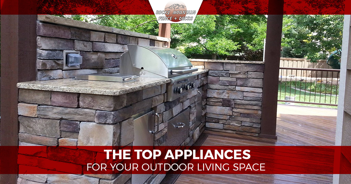 Merveilleux Modern Technology And Quality Innovations Have Created A New Trend That  Focuses On Outdoor Living Areas Like Never Before. From Outdoor Kitchen  Designs To ...
