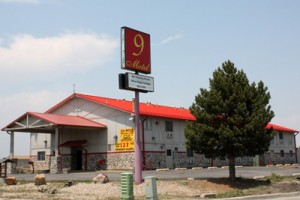 motel-9-fort-collins-commercial-roof-300x200