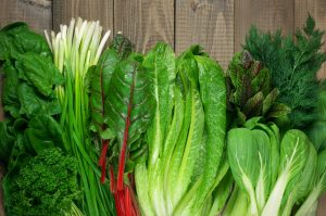 foods for healthy teeth and gums-leafy greens