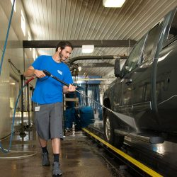 Full service carwash for Fort Collins vehicles.