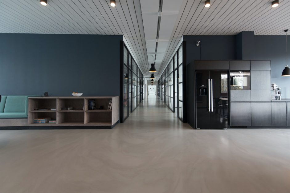 Dark Blue Paint Color for the Interior of an Office Building