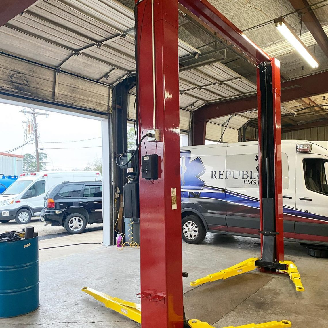 High quality paint adds extra protection to machinery and equipment to expand its lifespan.