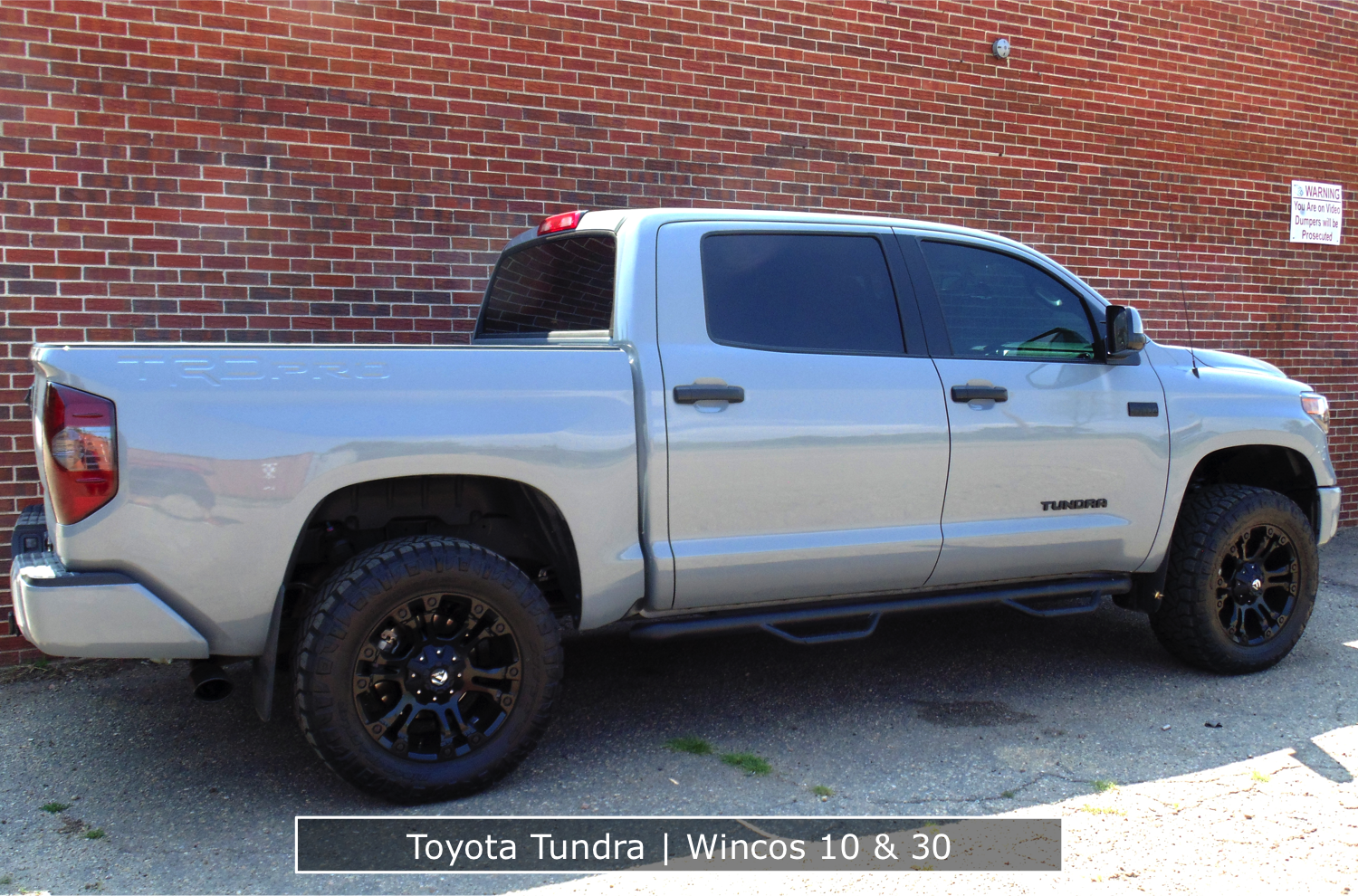 Toyota Tundra With Tinted Tail Lights