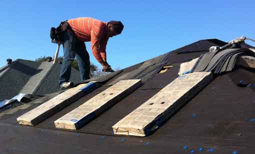 Texas Star Roofing Repairs - work crew