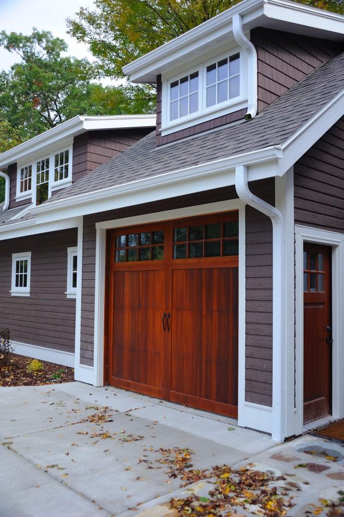 Carriage House Overlay Cedar Gallery Tgs Garage Doors