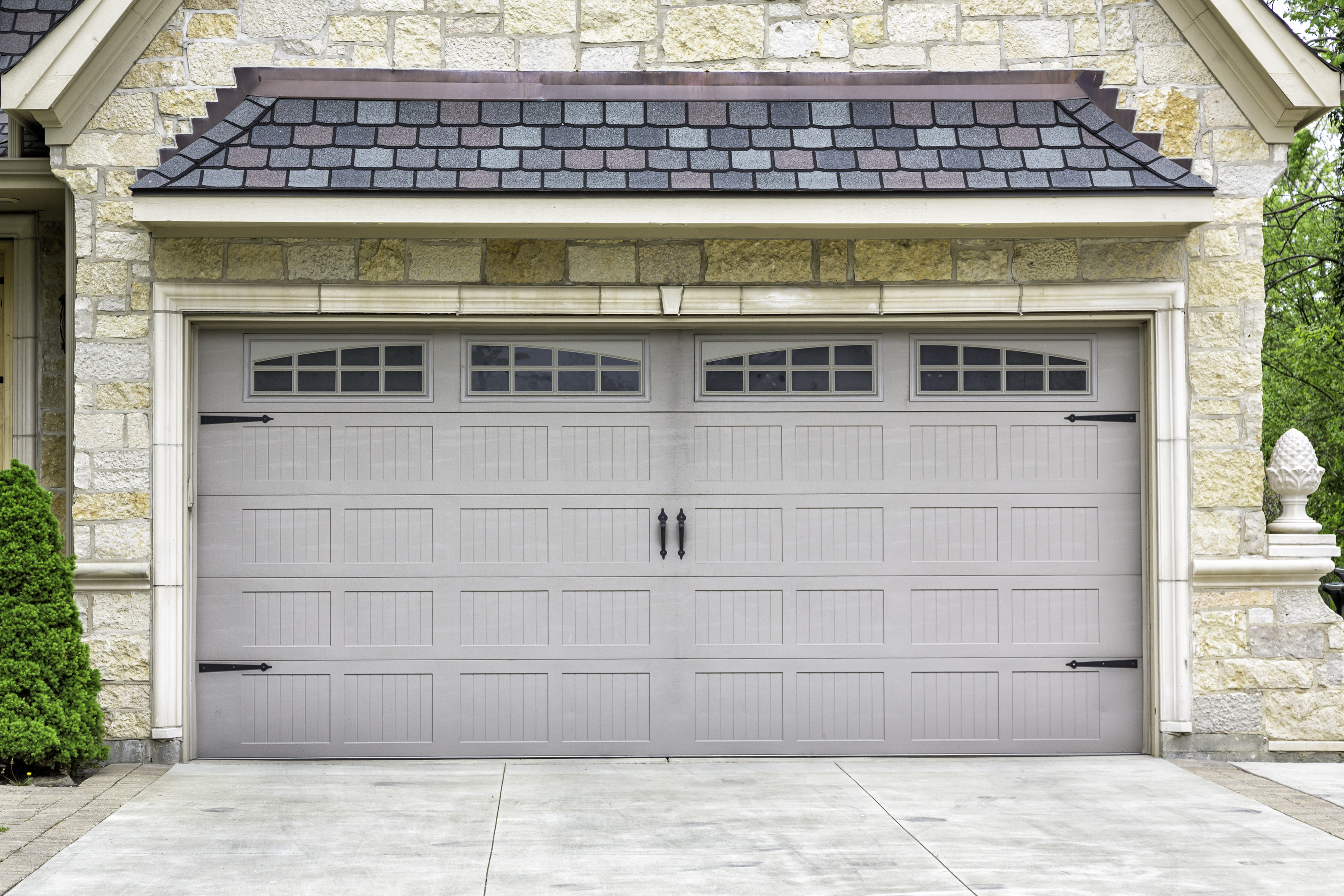 Garage Door Customization Packages  sc 1 st  TGS Garages \u0026 Doors & Garage Door Accents to Customize Your Home | TGS Garages \u0026 Doors