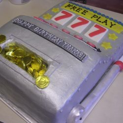 Slot machine sculpted cake
