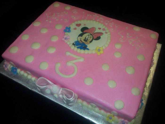 Strange Minnie Mouse Sheet Cake Thats The Cake Funny Birthday Cards Online Amentibdeldamsfinfo