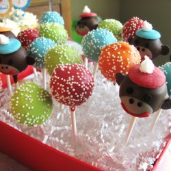 Cake pops, cupcake bakery dallas, party cakes, specialty bakery, bakery arlington texas