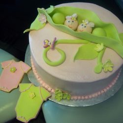 Pea in a pod cakes | Baby shower cakes | dallas bakery | fort worth bakery | that's the cake
