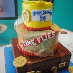 traveling birthday cake | suitcase cake | plane cakes