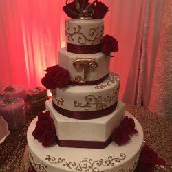 gluten free wedding cakes   vegan wedding cakes   gold cakes   white wedding cakes   classic wedding cakes   non traditional wedding cakes