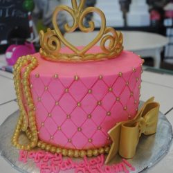 Pink and Gold Birthday Cakes | Crown cakes | Dallas specialty birthday cakes
