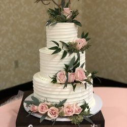 That's The Cake Bakery | Arlington Wedding Cakes | Ruffled Wedding Cake | Dallas | Fort Worth
