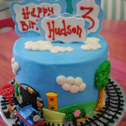 thomas the train cakes, birthday cakes arlington, dallas birthday cakes, thomas the train cake dallas