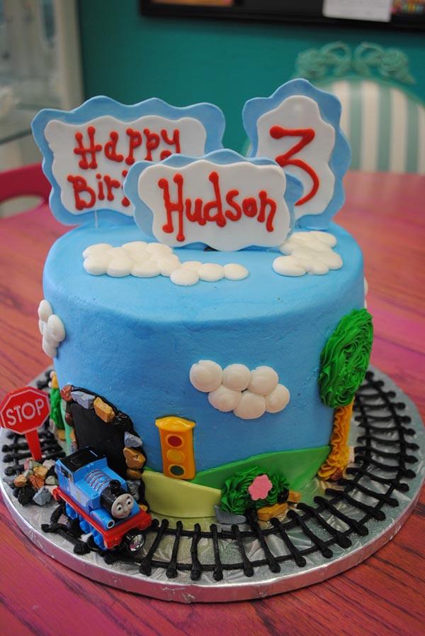 Amazing Small Birthday Cakes Dallas Birthday Cakes Arlington Cakes Personalised Birthday Cards Arneslily Jamesorg