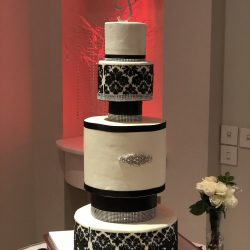 Black and White Wedding Cakes | Stencil wedding cakes, silver wedding cakes, wedding cake ideas, frisco wedding cakes, plano birthday cakes, carrolton wedding cake bakery, grapevine wedding cake, irving wedding cakes, sugar bee sweets bakery