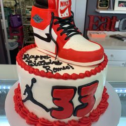 High Top Nike Air Cakes | Air Jordan BIRTHDAY CAKES | CAKEDADDYY ARLINGTON BAKERY | CUSTOM CAKES DALLAS