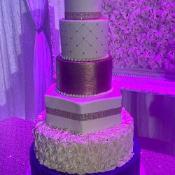quince cakes, gold cakes, royal blue cakes, dallas bakery custom cakes