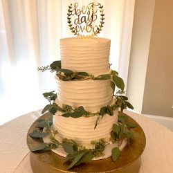 wedding cakes dallas, fort worth wedding cakes, frisco wedding cakes, plano wedding cakes, mansfield wedding cakes, horizontal lines wedding cakes,