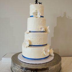 scrolling with simple design, wedding cakes, dallas weddings, arlington bakery
