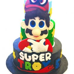 super mario cakes, mario cakes,large superhero cake, hulk cake, superman cake, batman cake, spiderman birthday cakes, custom cakes in dallas, dallas custom cake bakery, fort worth custom cakes, bakeries near me, Arlington, TX