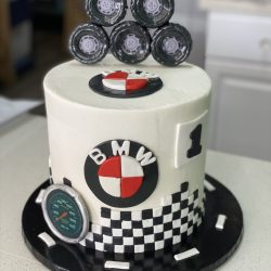 BMW cakes, birthday cakes for BMW lovers