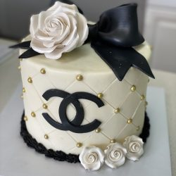 specialty chanel cake, birthday cakes, dallas birthday cakes, fort worth bakery