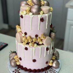 rose gold cakes, maroon cakes, popcorn birthday cakes, rose gold birthday cakes, sugar bee sweets bakery, delicious cakes addison