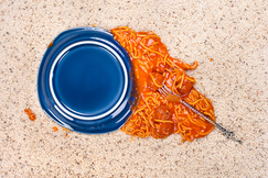 245_bigstock-A-dropped-plate-of-spaghetti-o-29865836
