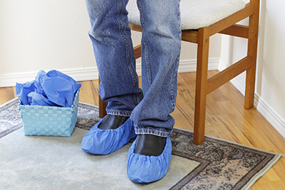 Shoe covers are provided so you can walk on carpets immediately after cleaning