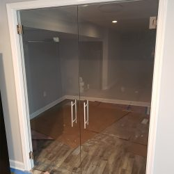 Commercial glass fabrication with custom glass doors