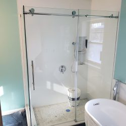 Custom glass shower doors in Maryland