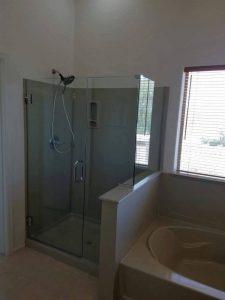 shower door yohanes