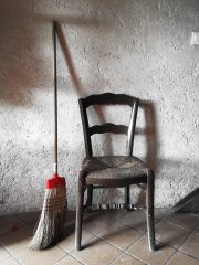 An icon of a broom and a chair.