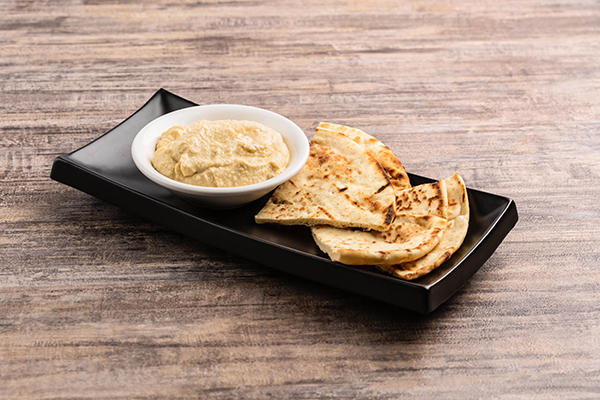 A delicious hummus meze from Tzatziki Greek restaurant