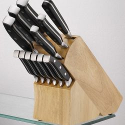 Household products: bamboo knife block with knives